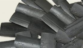 国産竹炭が毛穴汚れを吸着